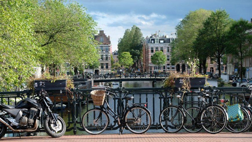 mezzi di trasporto sostenibili ad amsterdam