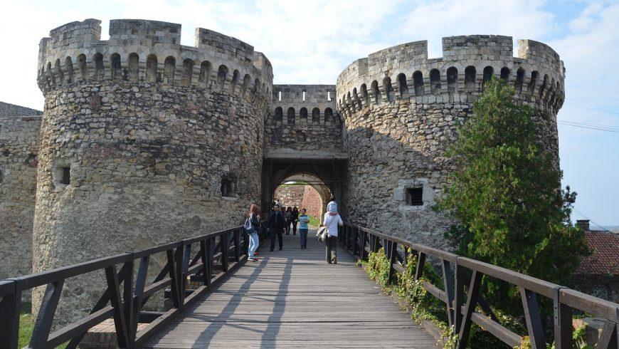 Castello a Belgrado, la Serbia è una destinazione meno nota e ricca di ispirazioni