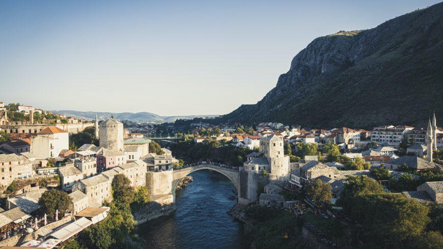 Panorama di Mostar, Bosnia, destinazione meno nota in Europa