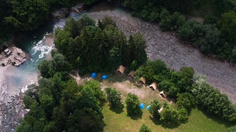 Vista dall'alto del campeggio NaturPlac