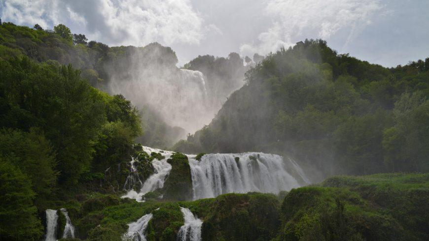 Vista delle cascate delle marmore