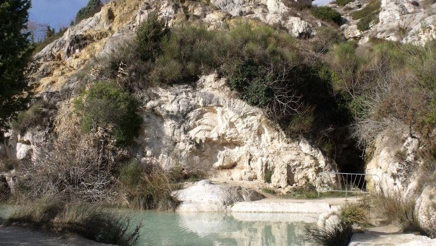 Acque termali nella grotta di Bagno Vagnoni