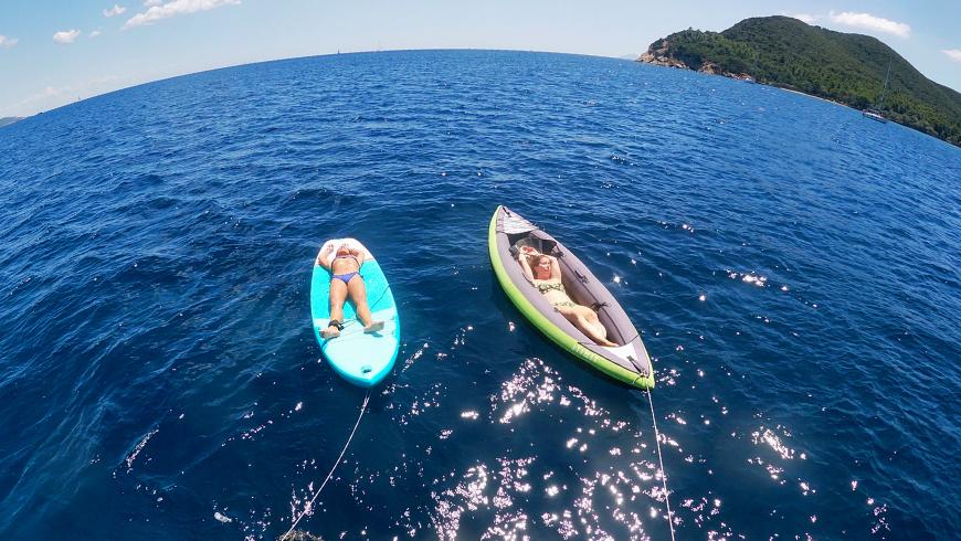 Godersi il relax in barca a vela nel rispetto degli altri!