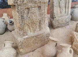 Ritrovamenti archeologici al Museo civico di Cabras, in Sardegna