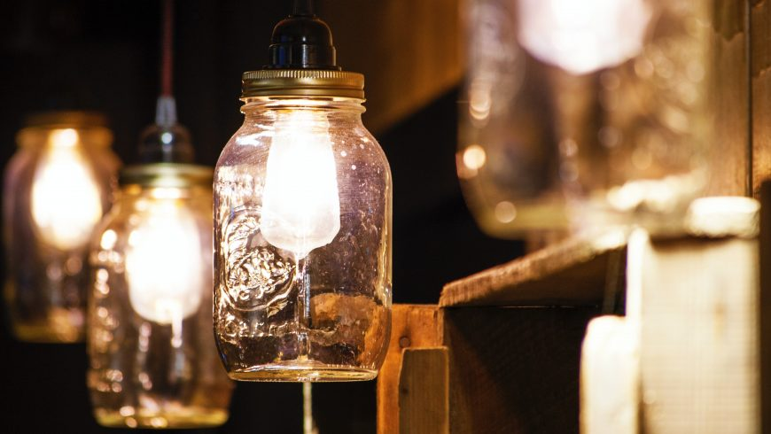 vecchi barattoli vetro lampadine