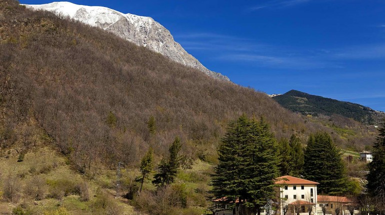 Country House Centro dei Due Parchi, situato tra i monti Sibillini e della Laga