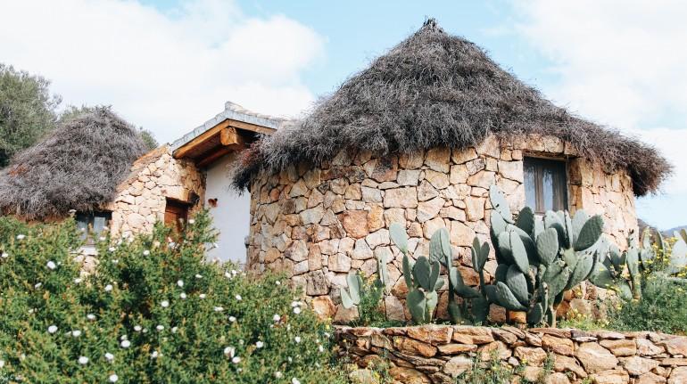 Pinettos, capanne a Essenza Sardegna