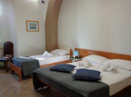 Camera famigliare affittacamere di Terracina
