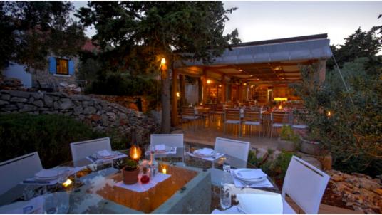 Gastro-Glamping-Resort-Fešta