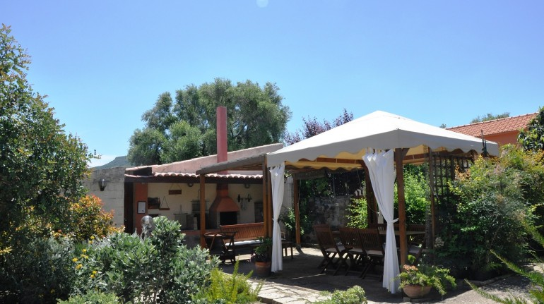 Lubagnu Vacanze Holiday House