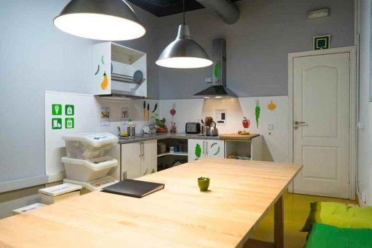 ostello ecologico: decorazioni verdi