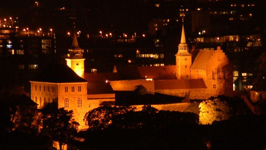 fortezza di Akershus di notte
