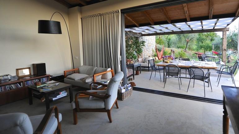 salotto e patio campo di luna