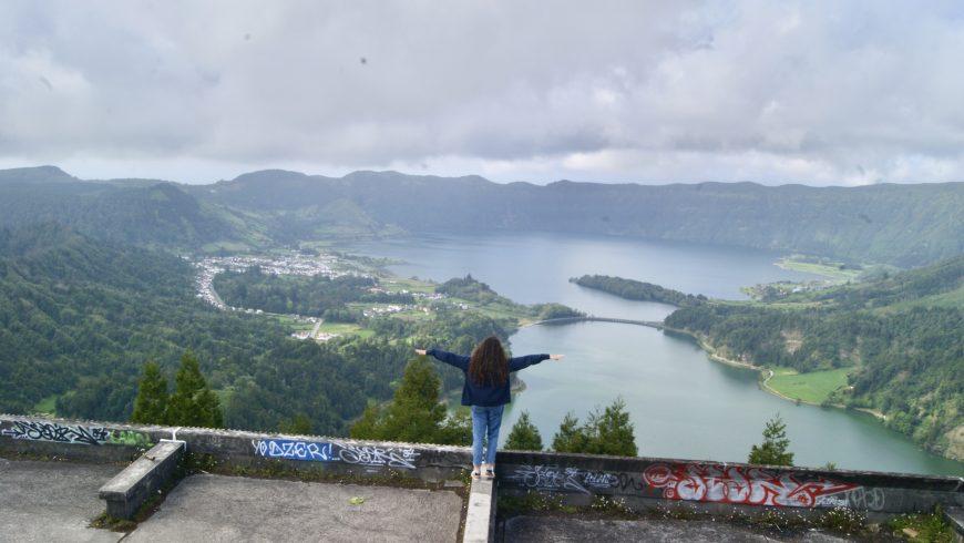Parti subito all'avventura e scopri le top 10 Cascate imperdibili delle Azzorre. Foto di Irene Paolinelli