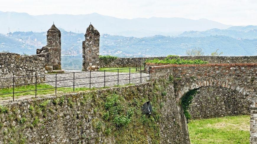 sarzana castello
