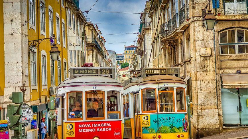 Tram 28 a Lisbona. Foto di pixabay.com
