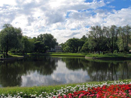 viaggiare green a San Pietroburgo nei giardini Yusupov