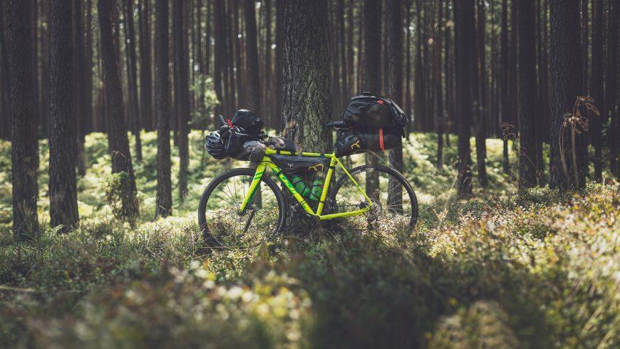 Bikepacking: viaggiare in bicicletta con il minimo indispensabile.