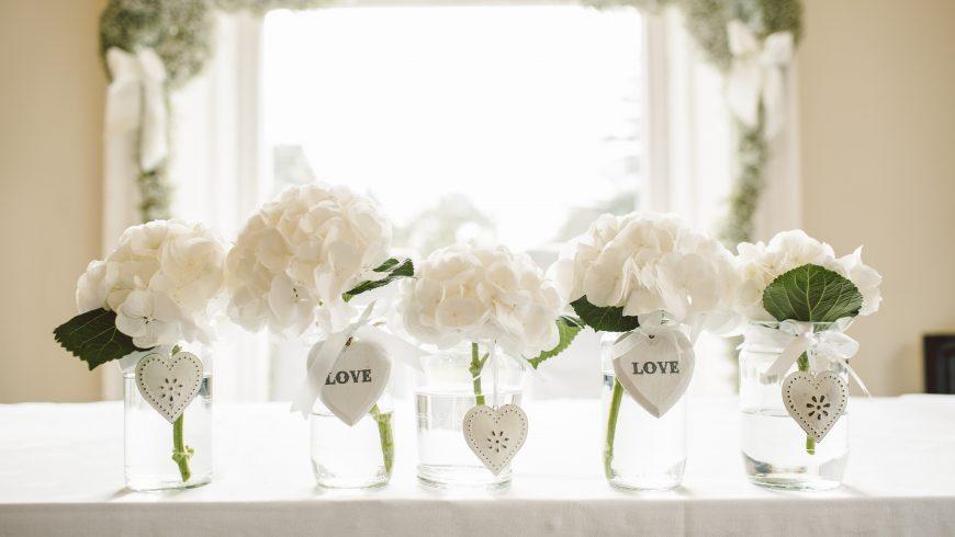 Decorazioni di fiori per matrimonio