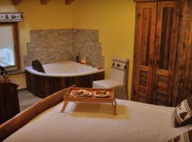 Camere romantiche con vasca idromassaggio