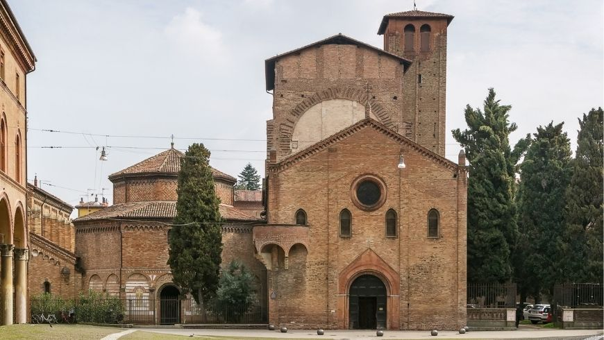 Piazza e Basilica di Santo Stefano