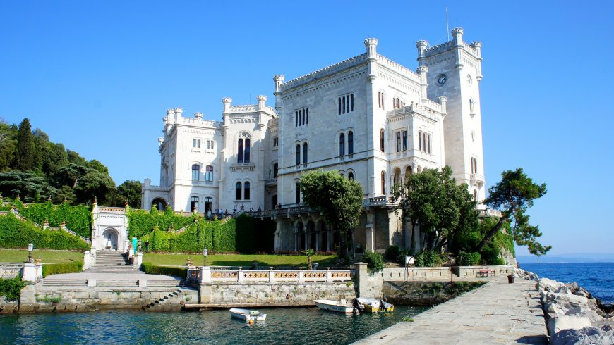 Castello Miramare nei pressi di Trieste