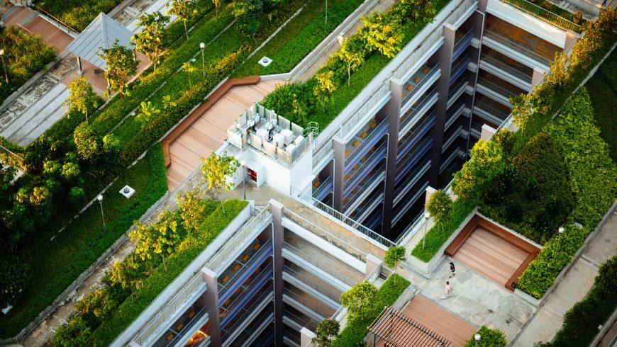 hotel con tetti verdi